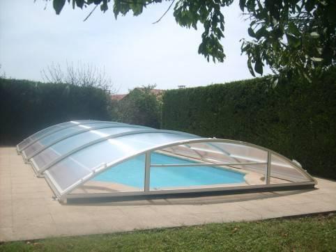 Abris bas de piscine