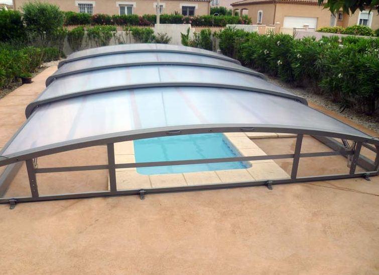 Abri de piscine abrisud achat conseils et devis chez for Abri bas piscine