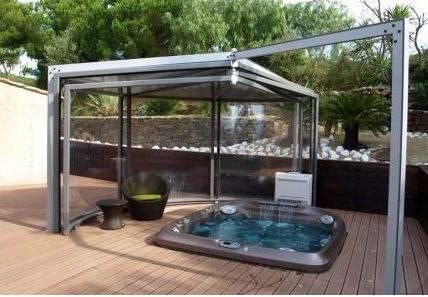 Abri de piscine abrisud achat conseils et devis chez irrijardin for Comabris pour spa exterieur