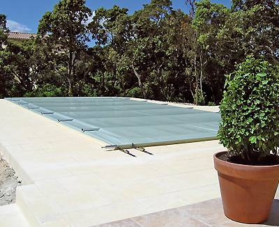 Bache a bulle 6x4 beautiful sunbay bche duhivernage pour for Piscine bois 6x4