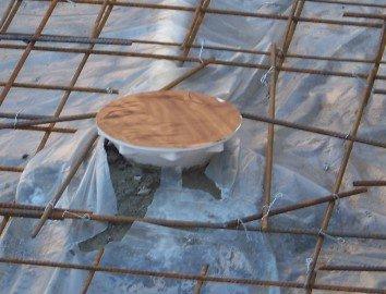 Installation bonde de fond piscine