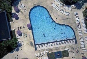 Piscine forme complexe en piano