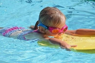 Traitement piscine aux UV